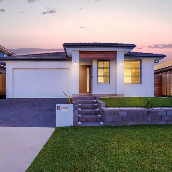 Residential house photo capture